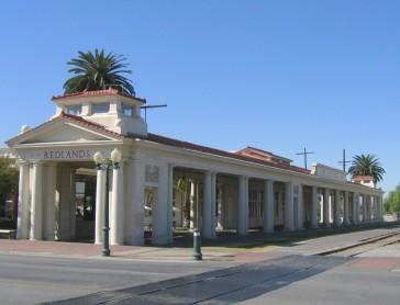 Redlands_train_station